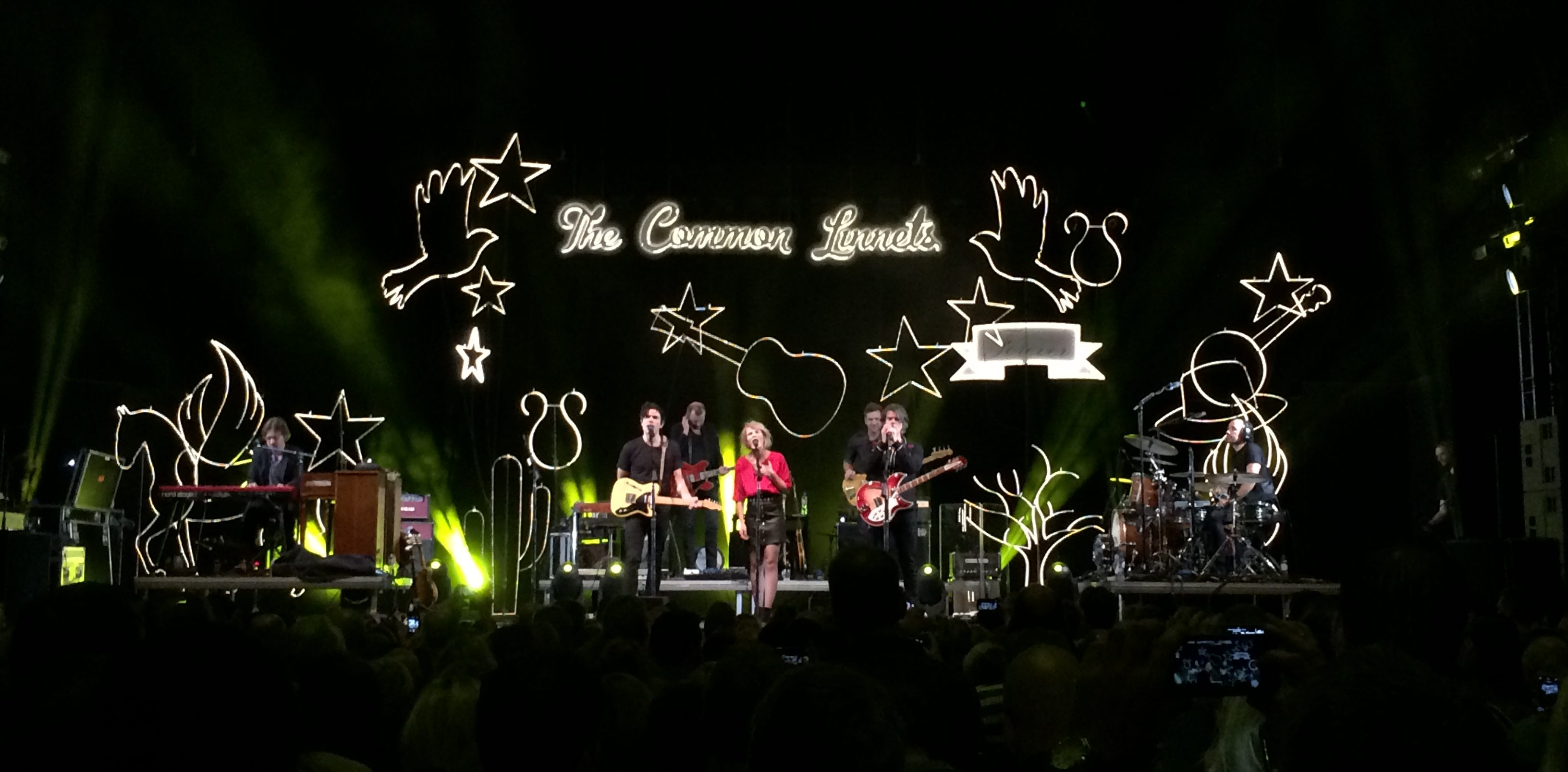 Concertreview: The Common Linnets 'Hallooo Enschede'