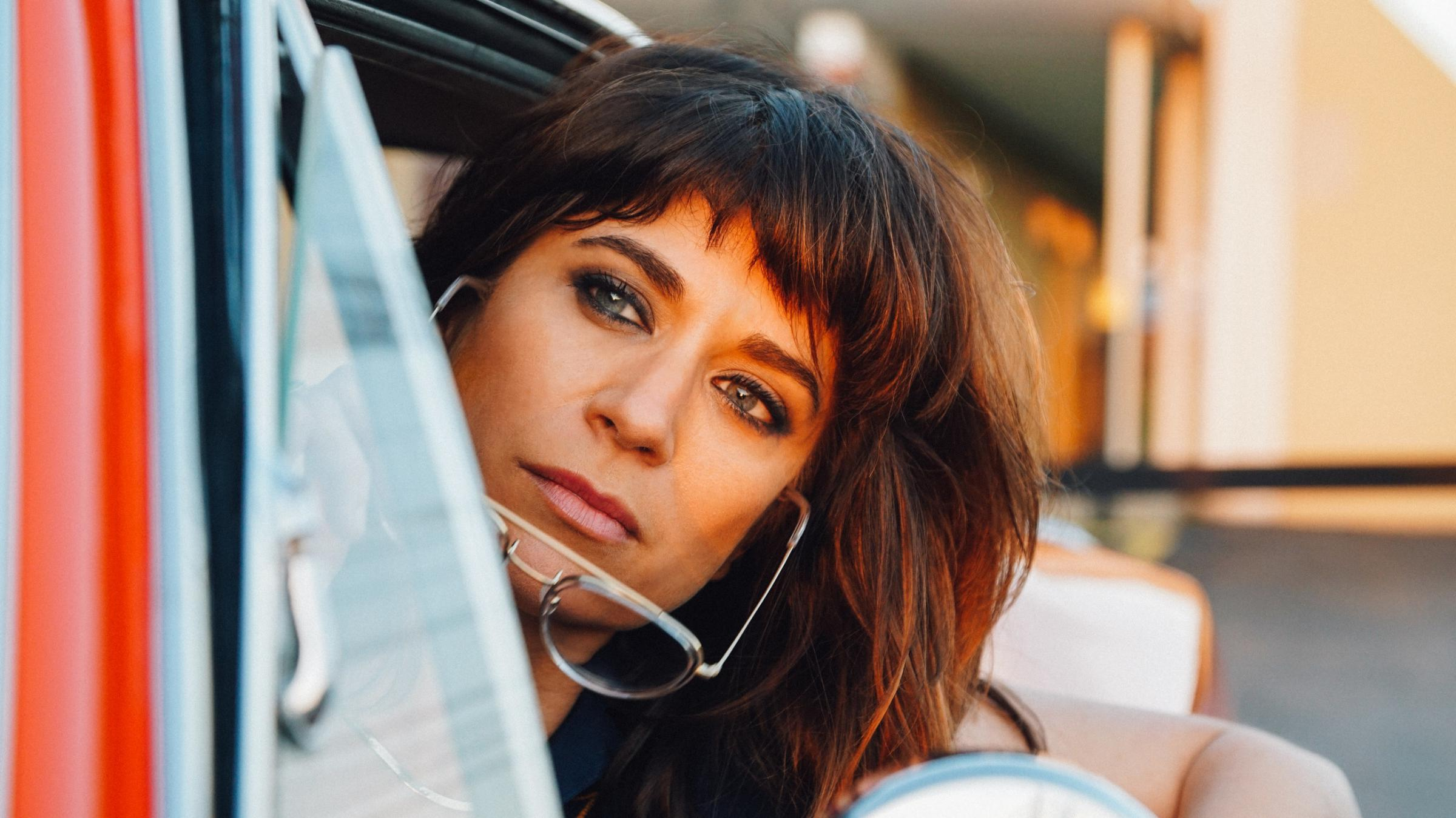 Real Roots Cafe: Nicole Atkins – Italian Ice