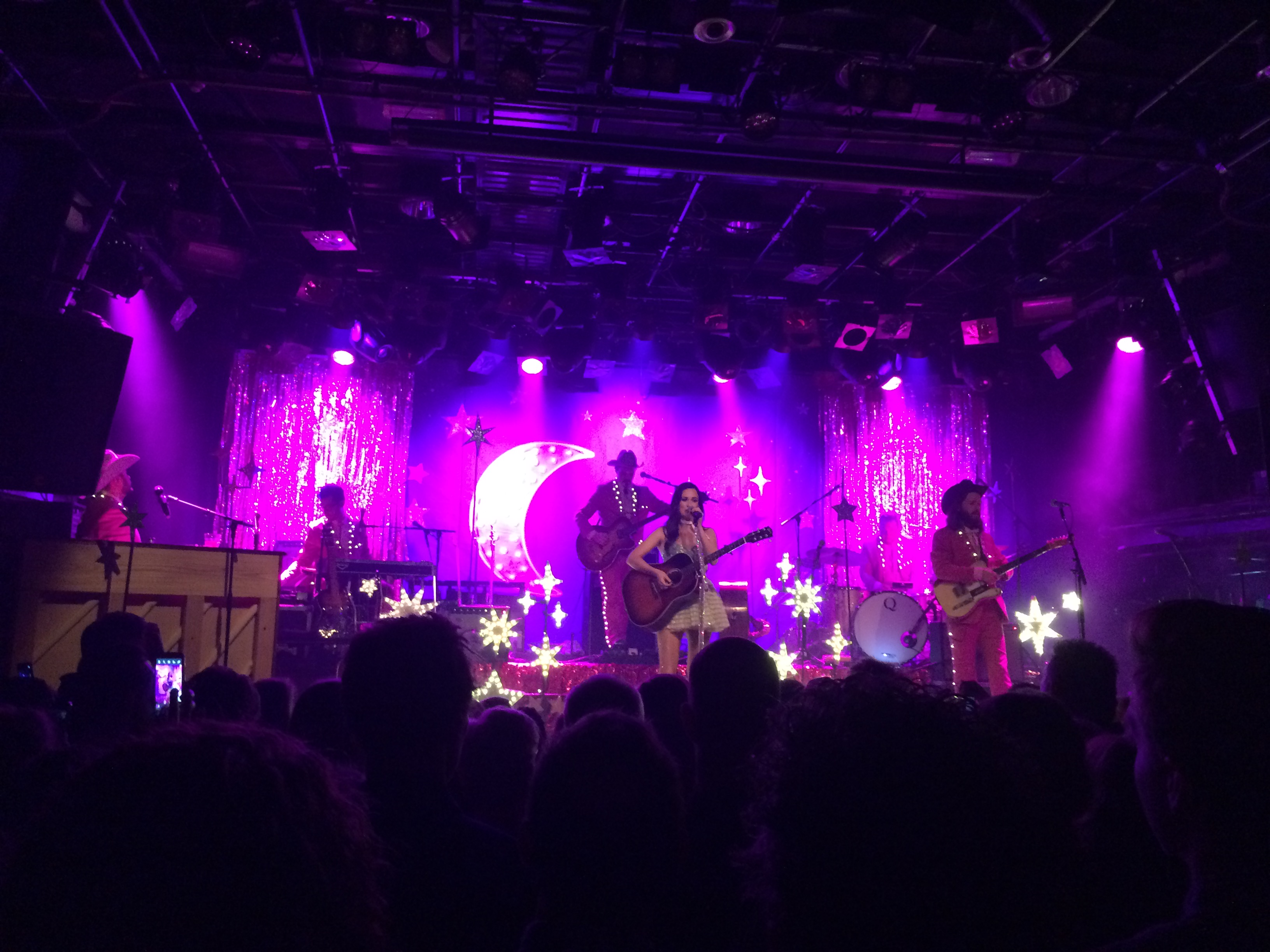 Concertreview: 'We've all got dirty laundry hangin' on the line, except Amsterdam'