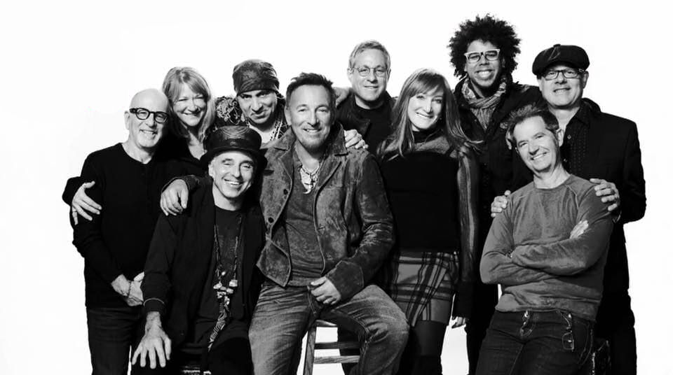 Plaat van de week: Bruce Springsteen & The E Street Band – Santa Claus Is Coming To Town (with Paul McCartney and the cast of SNL)