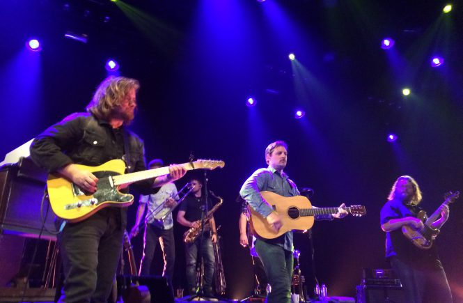 Concertreview: Sturgill Simpson's A Sailor's Guide To Doornroosje