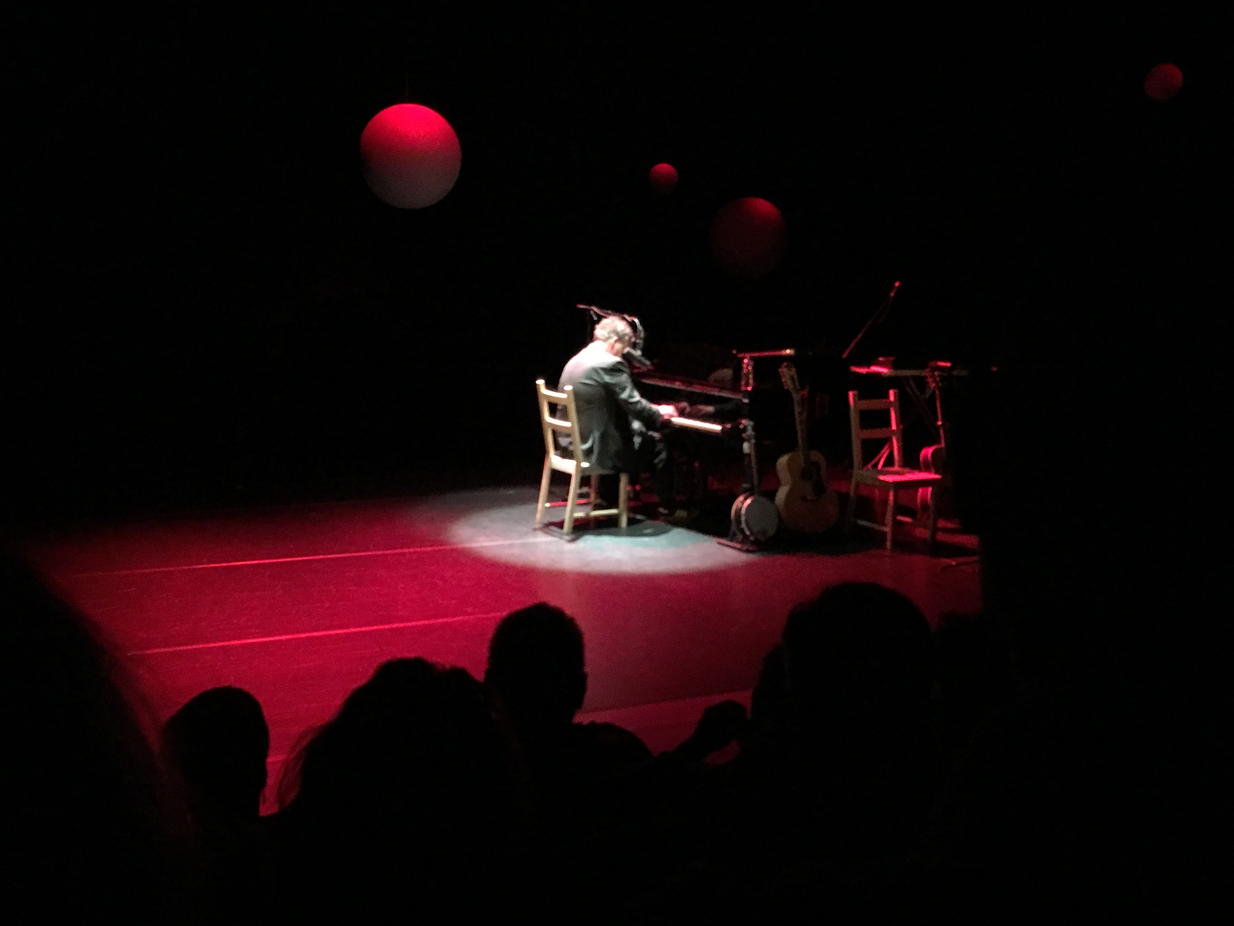 "Concertreview: Lohues: ""Kold an de snoete, he?"""