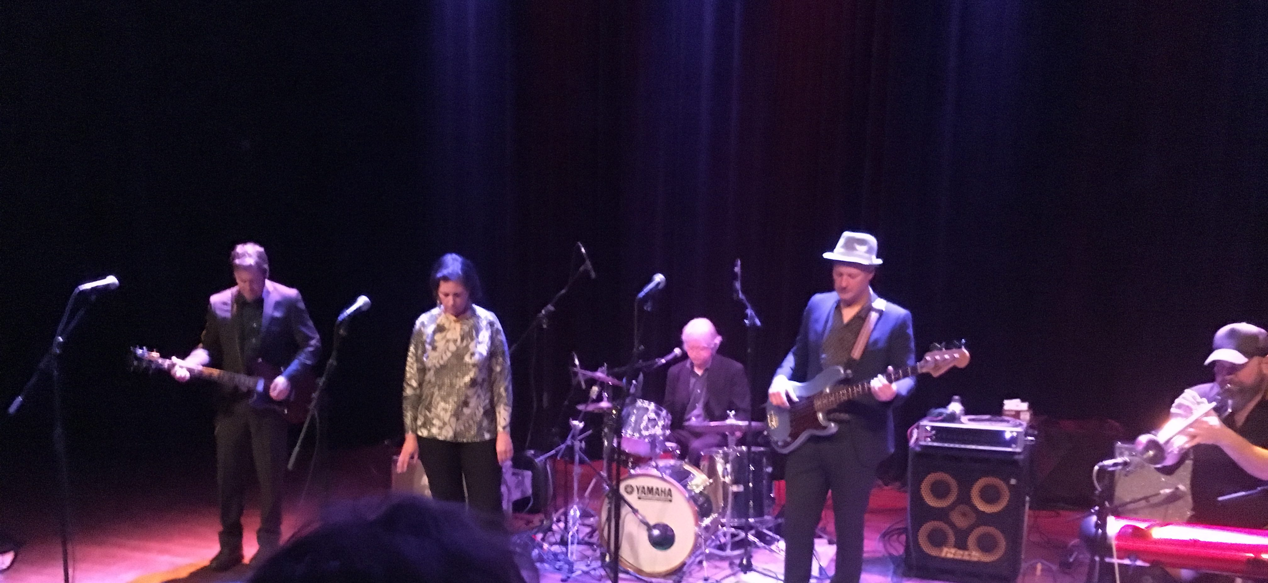 """Concertreview: The Delines, """"You almost made me cry"""" – Amy Boone"""