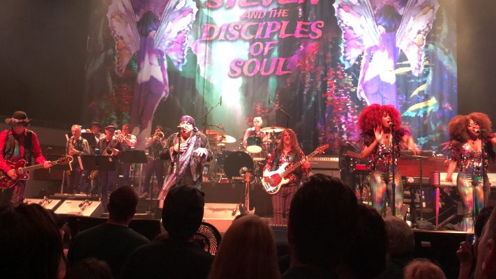 Concertreview: Little Steven's 'Summer Of Sorcery'