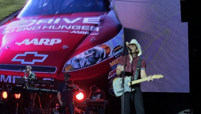 Concertreview: An American Friday Night met Brad Paisley
