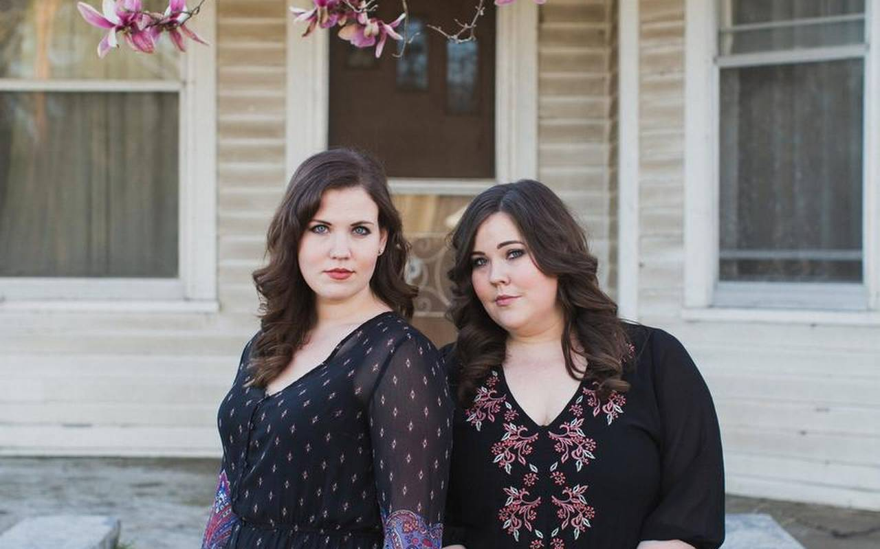 Real Roots Cafe: The Secret Sisters – Saturn Return